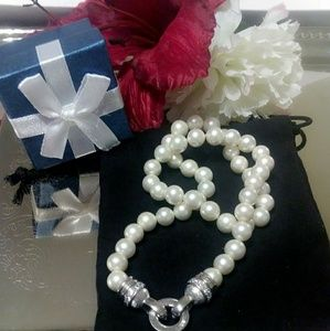 Judith Ripka cultured pearl & SS necklace